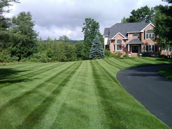 Lawn Mowing Hollis NH